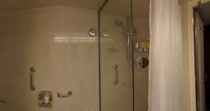 Nieuw Amsterdam SS 6080 - Bathroom - Tub & Shower